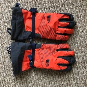 North Face Montana HyVent Gloves